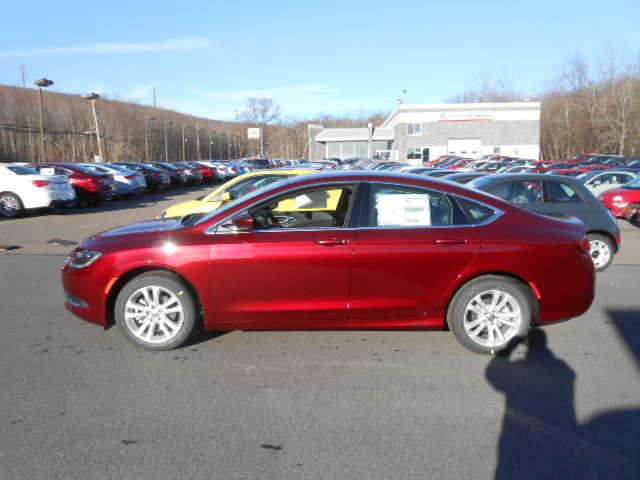 Chrysler 200 2016 $25485.00 incacar.com
