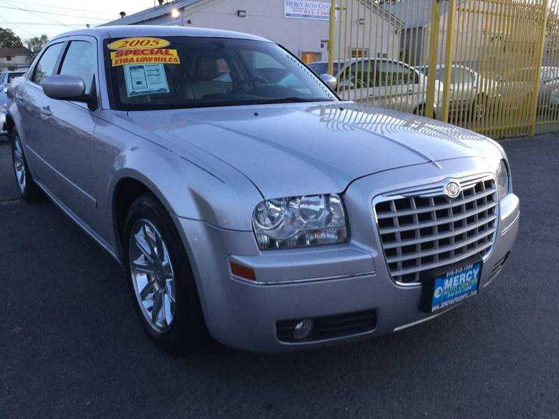 Chrysler 300C 2005 $6598.00 incacar.com