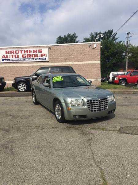 Chrysler 300C 2005 $4999.00 incacar.com