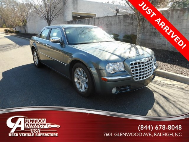 Chrysler 300C 2005 $9499.00 incacar.com