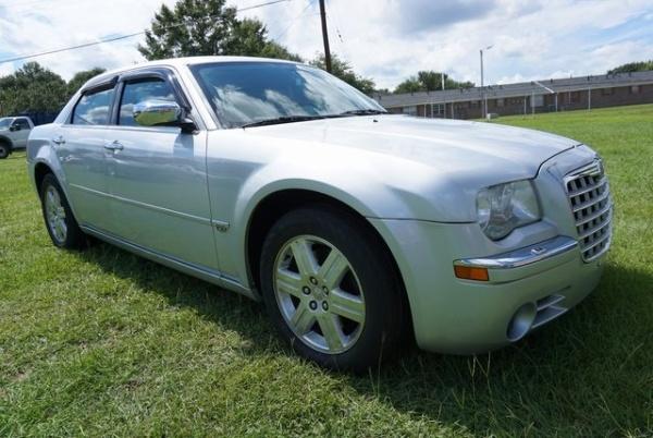 Chrysler 300C 2005 $1500.00 incacar.com