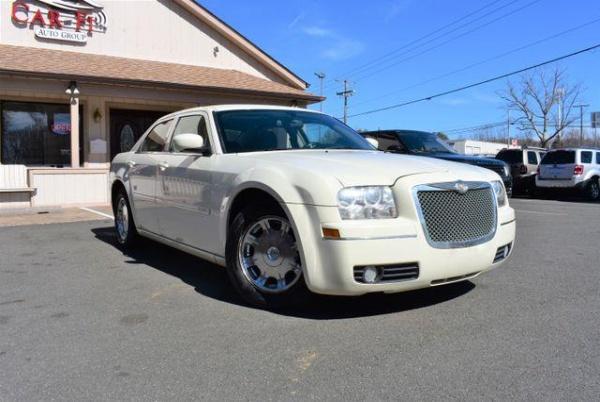Chrysler 300C 2005 $3295.00 incacar.com