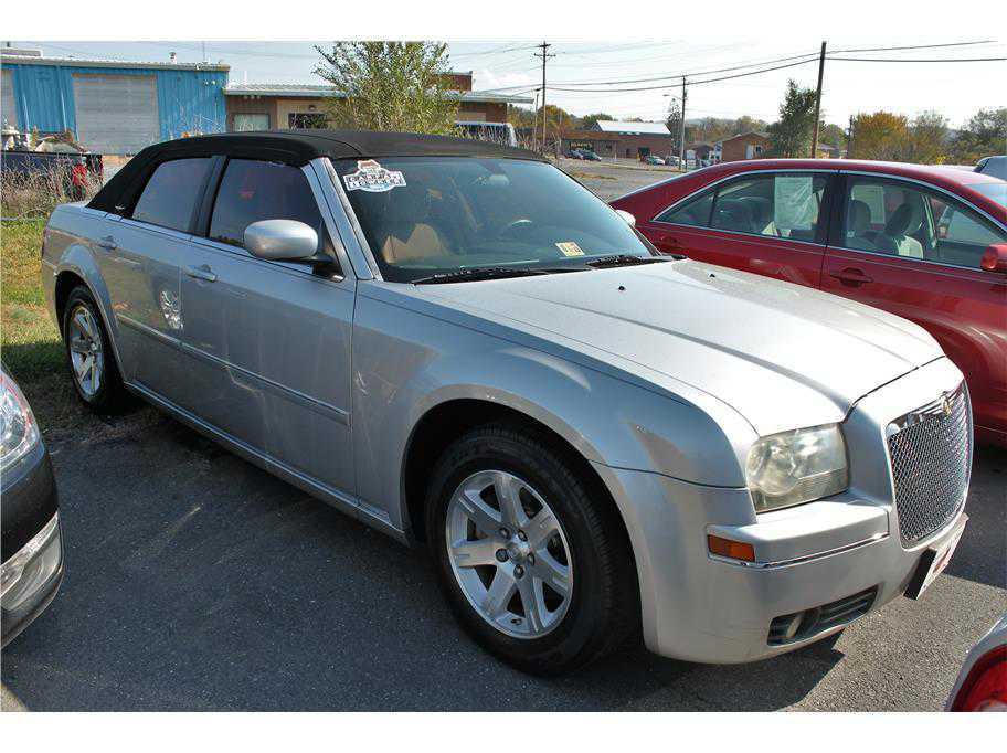 Chrysler 300C 2006 $11900.00 incacar.com
