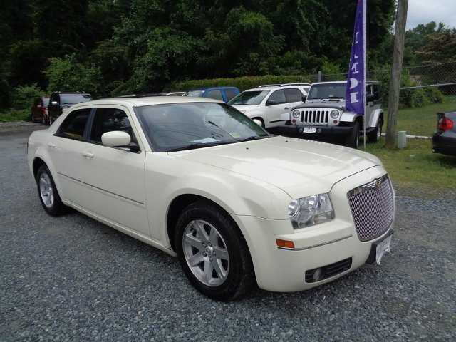 Chrysler 300C 2006 $5995.00 incacar.com