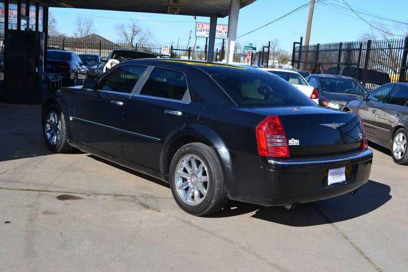 Chrysler 300C 2006 $4500.00 incacar.com