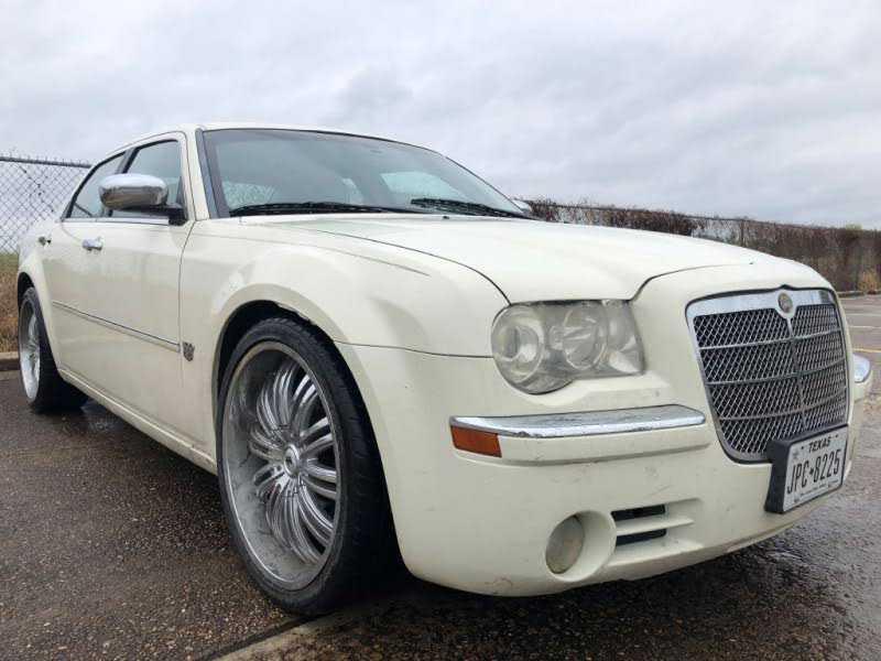 Chrysler 300C 2007 $1500.00 incacar.com