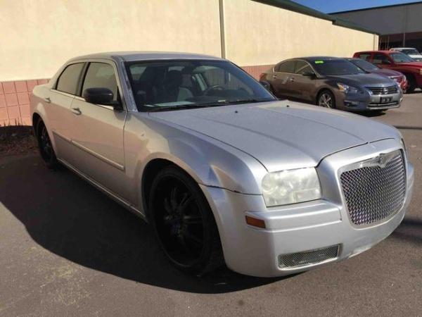 Chrysler 300C 2007 $3388.00 incacar.com