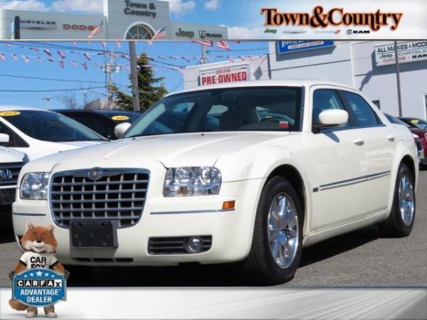 Chrysler 300C 2009 $9995.00 incacar.com