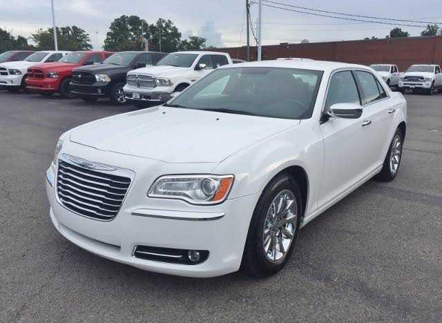 Chrysler 300C 2012 $14995.00 incacar.com