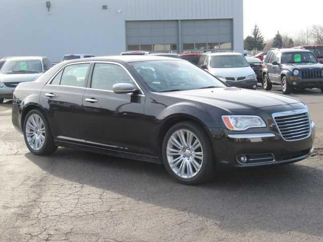 Chrysler 300C 2012 $19995.00 incacar.com