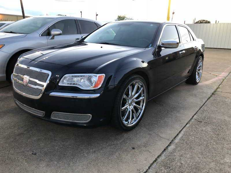 Chrysler 300C 2012 $1500.00 incacar.com
