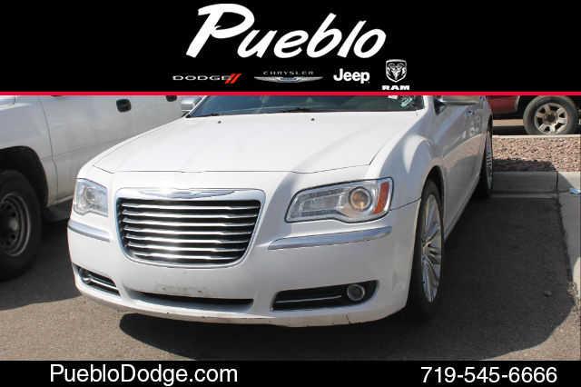 Chrysler 300C 2012 $18500.00 incacar.com