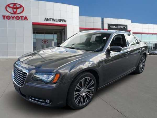 Chrysler 300C 2013 $24999.00 incacar.com