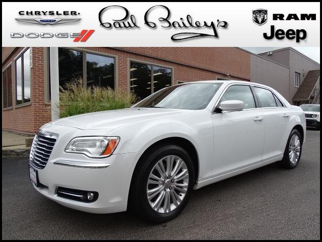 Chrysler 300C 2013 $16995.00 incacar.com
