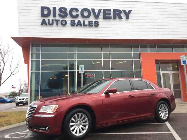 Chrysler 300C 2014 $14995.00 incacar.com