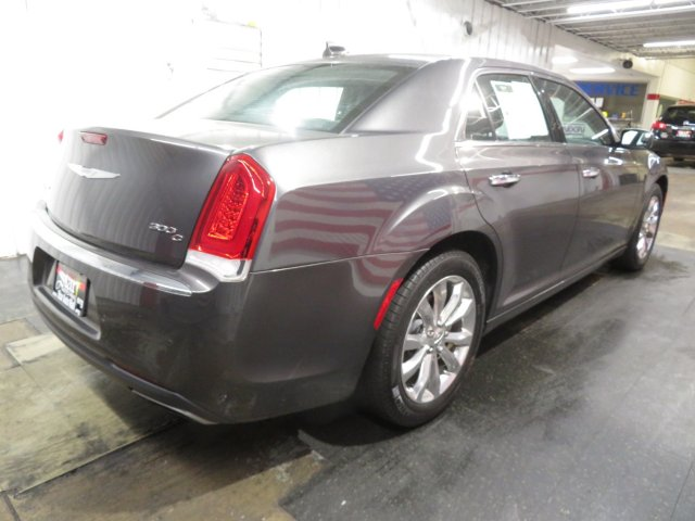 Chrysler 300C 2015 $19956.00 incacar.com