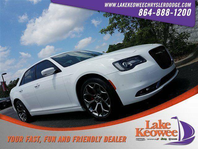 Chrysler 300C 2015 $21999.00 incacar.com