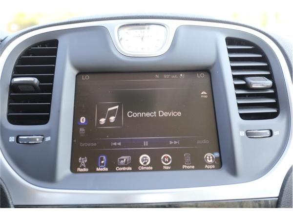 Chrysler 300C 2015 $22677.00 incacar.com