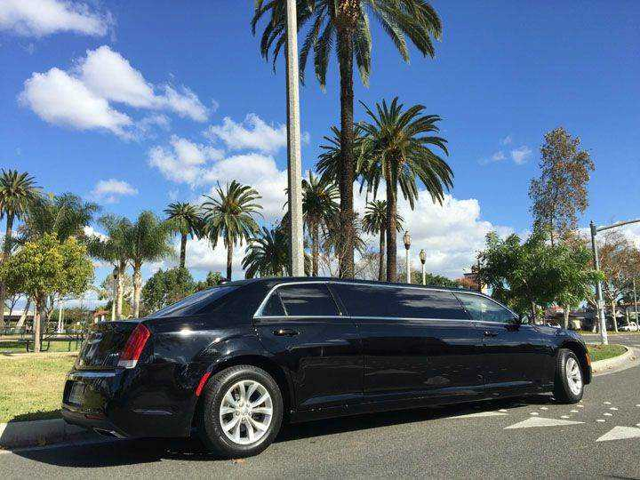 Chrysler 300C 2015 $48995.00 incacar.com
