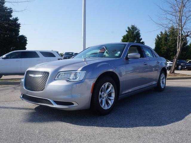 Chrysler 300C 2015 $21988.00 incacar.com