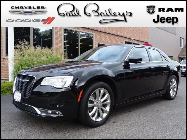 Chrysler 300C 2016 $20995.00 incacar.com