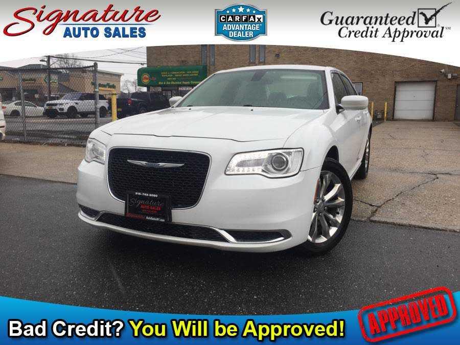 Chrysler 300C 2016 $11160.00 incacar.com