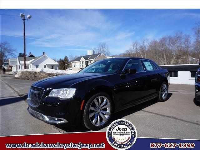 Chrysler 300C 2016 $30900.00 incacar.com