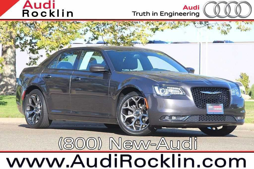 Chrysler 300C 2016 $23686.00 incacar.com