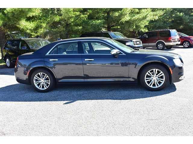 Chrysler 300C 2017 $20500.00 incacar.com