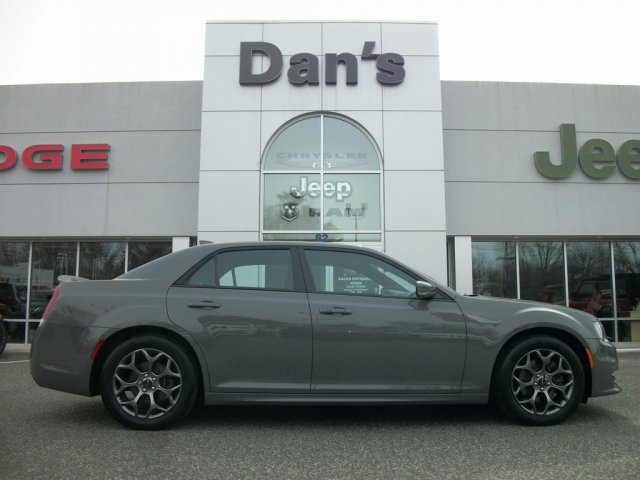 Chrysler 300C 2017 $24888.00 incacar.com