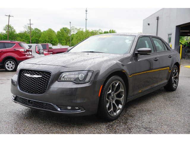 Chrysler 300C 2018 $25988.00 incacar.com