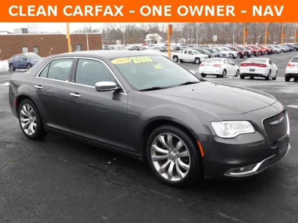 Chrysler 300C 2018 $18400.00 incacar.com