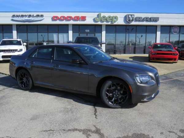 Chrysler 300C 2019 $24288.00 incacar.com