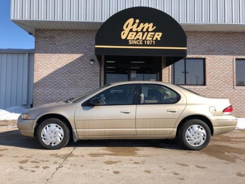 Chrysler Cirrus 1999 $3495.00 incacar.com