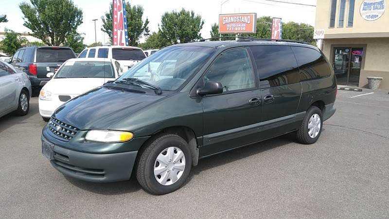 Chrysler Grand Voyager 2000 $1988.00 incacar.com