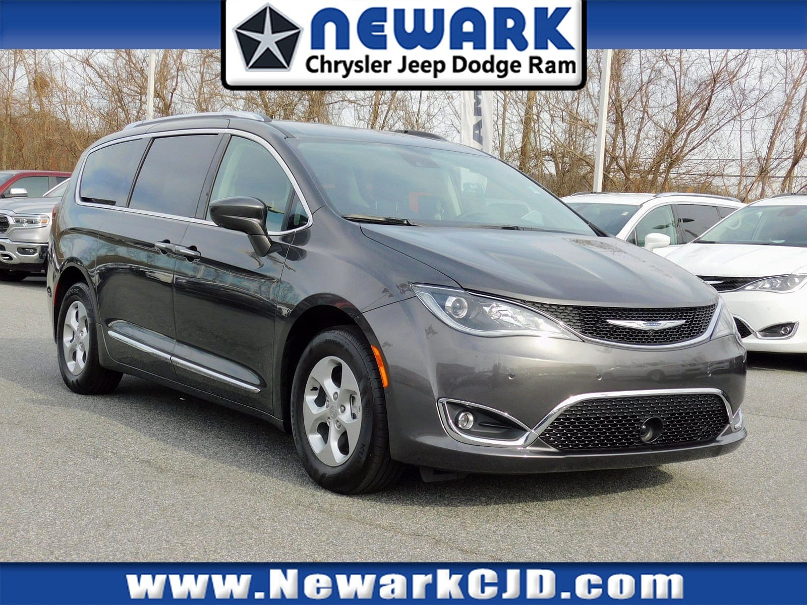 Chrysler Pacifica 2017 $38888.00 incacar.com