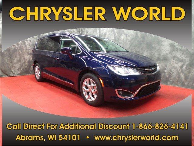Chrysler Pacifica 2017 $32990.00 incacar.com