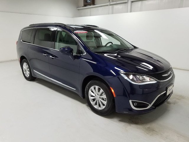 Chrysler Pacifica 2017 $23995.00 incacar.com