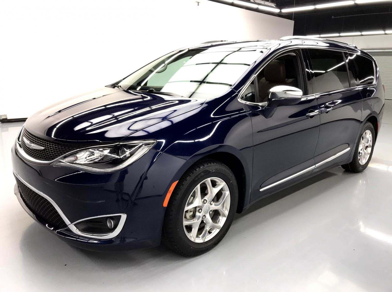 used Chrysler Pacifica 2017 vin: 2C4RC1GG0HR512625