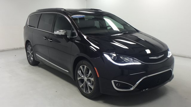 Chrysler Pacifica 2017 $32935.00 incacar.com
