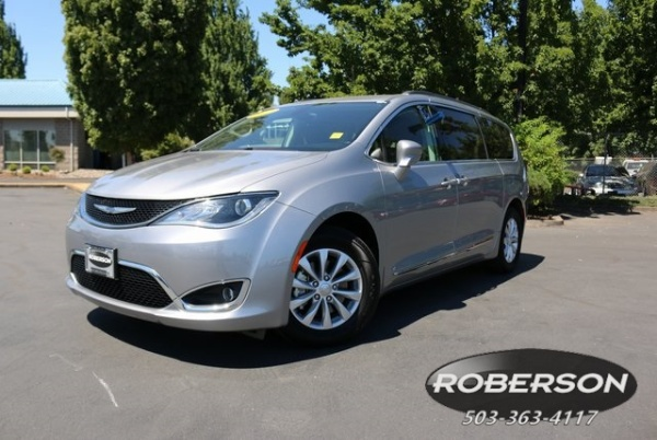 Chrysler Pacifica 2017 $25650.00 incacar.com