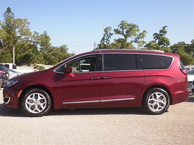 Chrysler Pacifica 2018 $28488.00 incacar.com