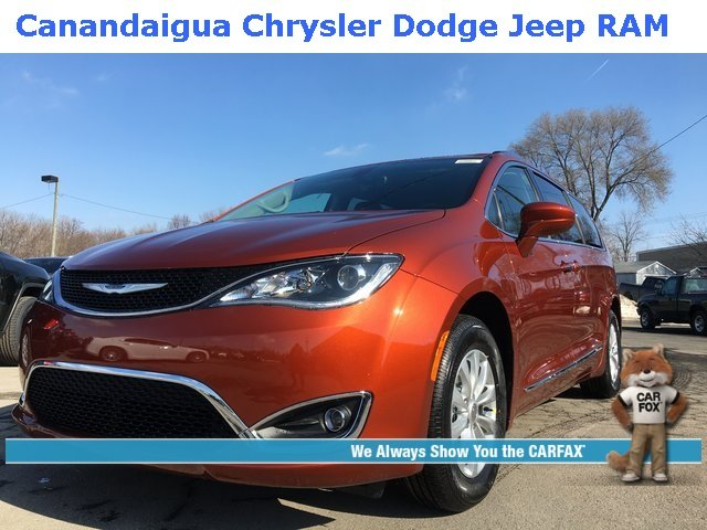 Chrysler Pacifica 2018 $29901.00 incacar.com