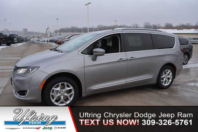 Chrysler Pacifica 2018 $32990.00 incacar.com