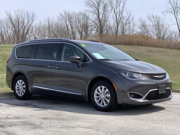 Chrysler Pacifica 2018 $20900.00 incacar.com