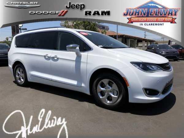 Chrysler Pacifica 2018 $45778.00 incacar.com