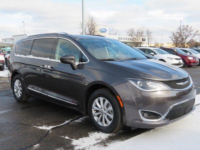 Chrysler Pacifica 2018 $24517.00 incacar.com