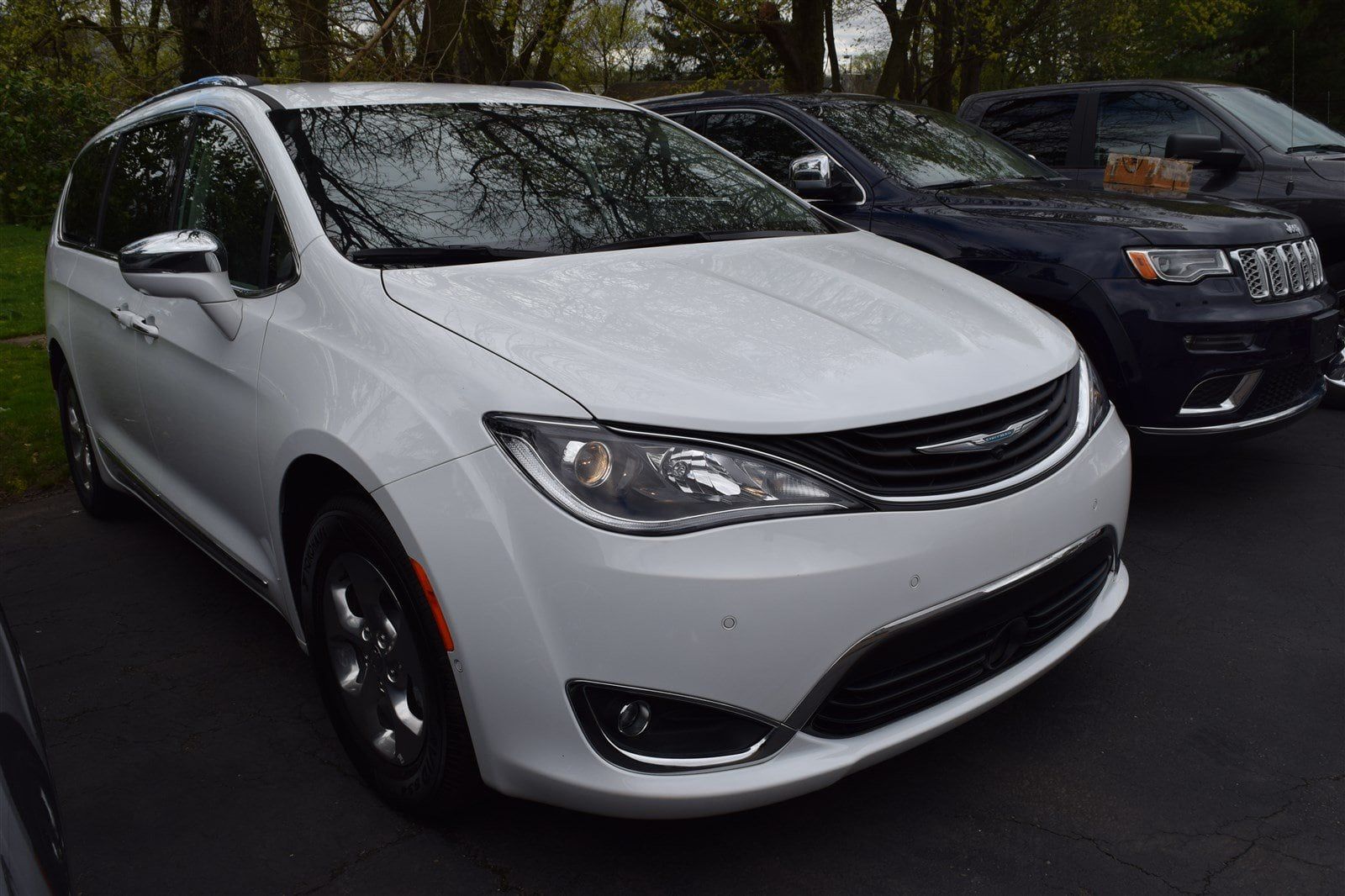 Chrysler Pacifica 2018 $40995.00 incacar.com