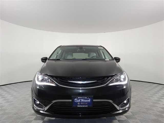 Chrysler Pacifica 2018 $39693.00 incacar.com