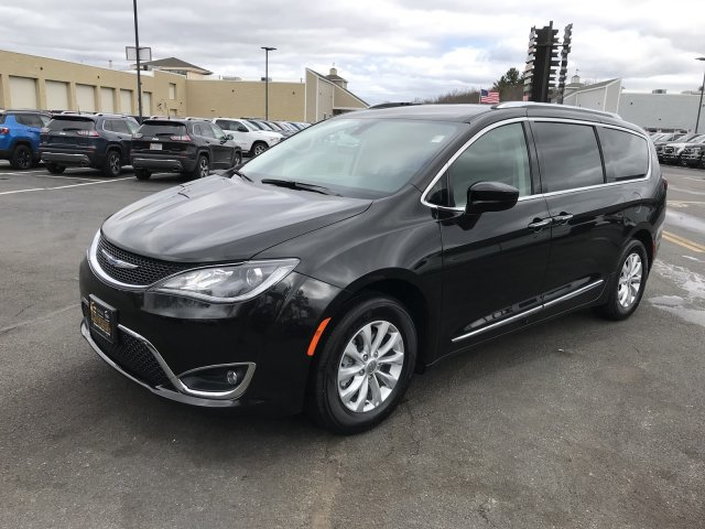 Chrysler Pacifica 2019 $32000.00 incacar.com